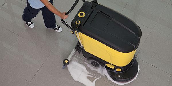 cleansolution GmbH | Sommerzeit — Grundreinigungszeit